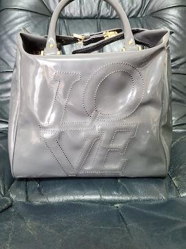 エナメル鞄