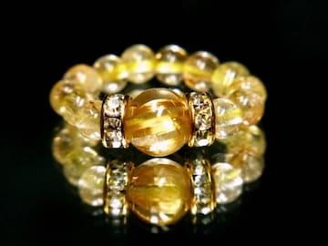 即決価格!!ルチルクォーツの指輪が物凄い!!金運を呼ぶ