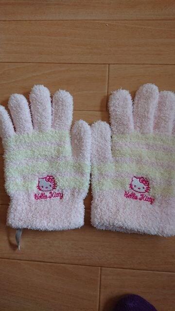 キティ 手袋  < 女性ファッションの
