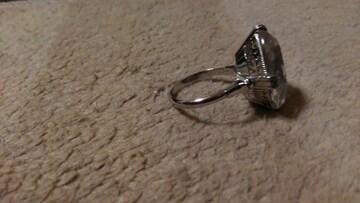 指輪 シルバーリング 大きめジルコニア風石付き