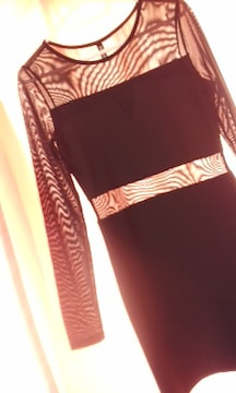 H&Mお胸と背中上部 お袖 ウエストがシースルー透け見えムチピタタイトワンピ