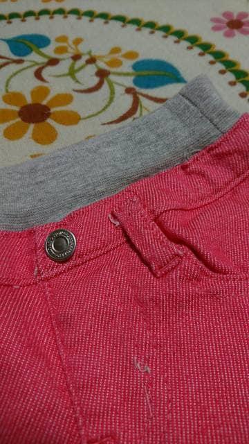 キッズ☆しまむら☆ピンク カラーデニムパンツ 90�a < キッズ/ベビーの