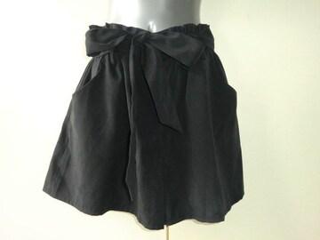 新品裏地付きおしゃれキュロットスカート黒M細見え