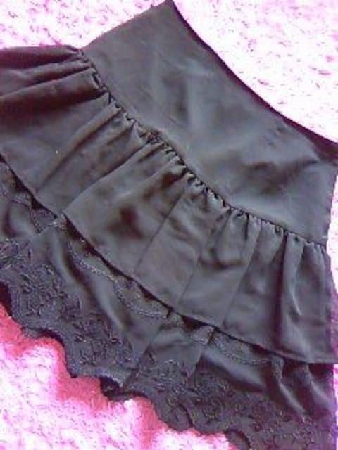 ロディスポットバラ柄刺繍&デザインcutふんわりシフォン重ねのスカート  < ブランドの